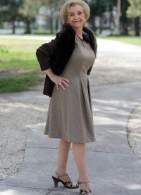 Одежда для 60-летних: основные критерии.