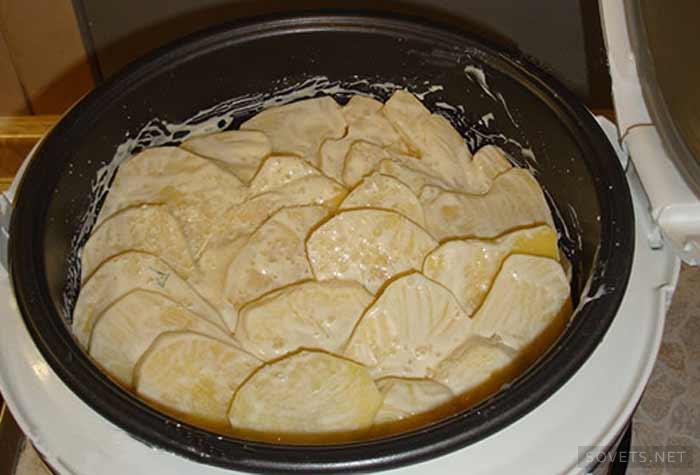 Картофель с мясом слоями в мультиварке рецепты