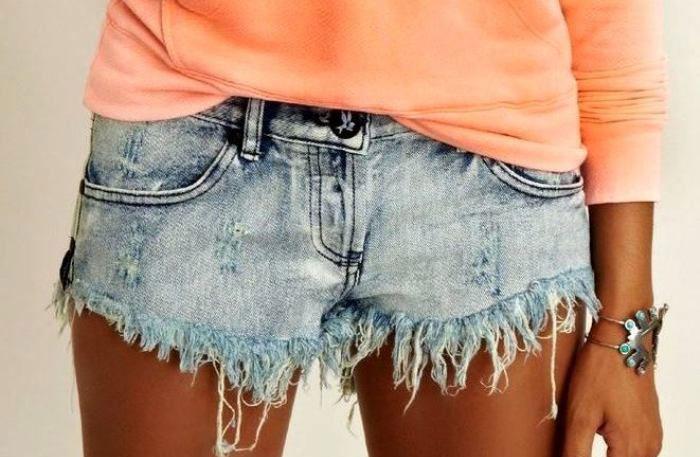 Рваные джинсовые шорты своими руками