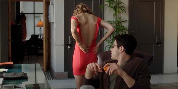 seks-i-nezamuzhnyaya-devushka-film