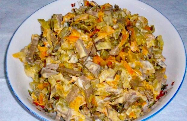 Рецепты салатов из печени говяжьей с