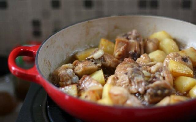 Как тушить картошку с курицей в казане рецепт с